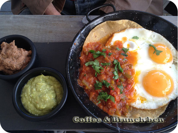 Brunch on the terrace - Muy Mio Plaza - Eggs Plaza