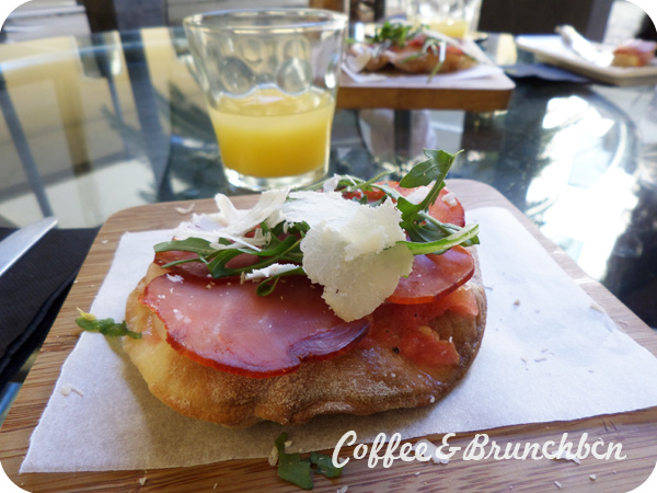 Brunch en Santa Cruz de Tenerife–Gastrobar MNH-Mini pizza