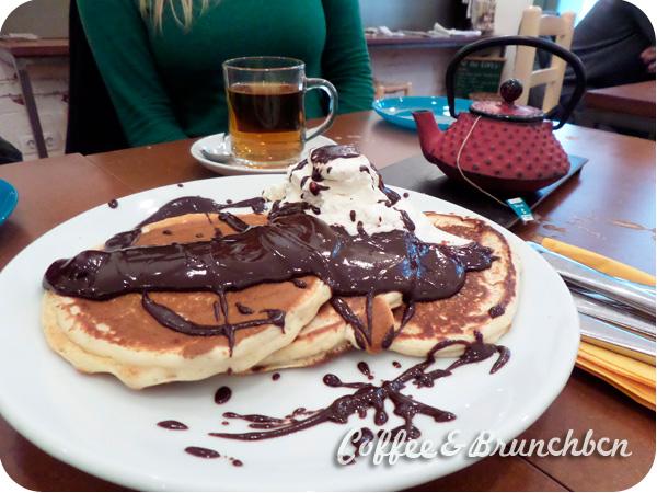 Cafeteria con cocina ecologica en Gracia-Mamas Cafe-Pancakes con chocolate y nata
