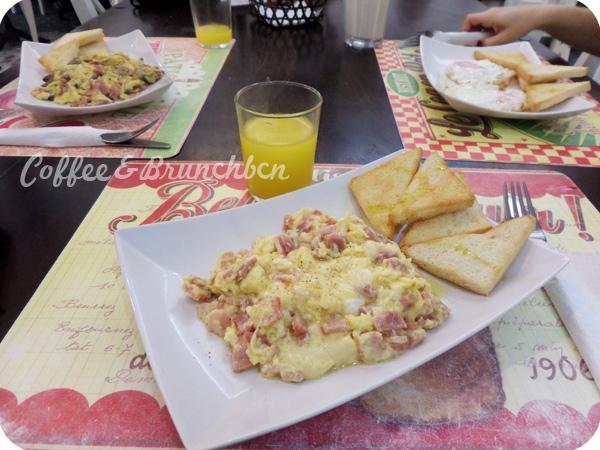 Un brunch barato pero de calidad–Giulietta Cafe-Huevos