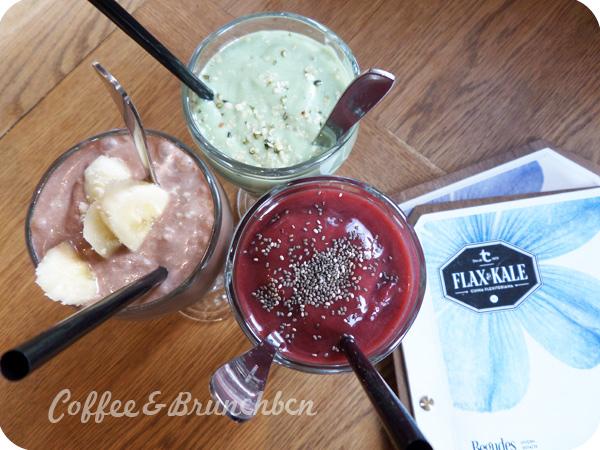 Brunch flexitariano en el Raval-Flax & Kale-Smoothies