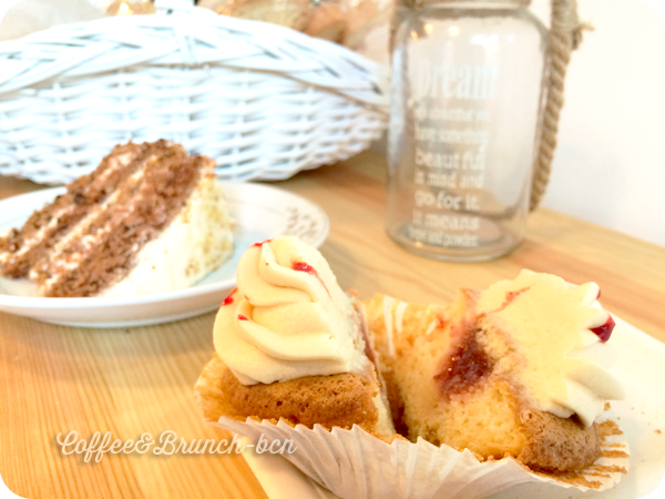 Pasteles sin gluten en Barcelona-Pastelosofia-Corazon de cupcake