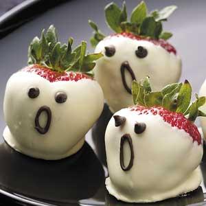 Recetas-halloween-brunch-saludable-fresas-fantasmas