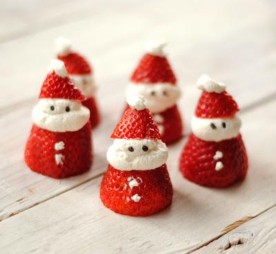 Papá Noël con fresas y nata - Recetas brunch navideño
